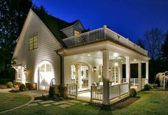 Traditional Porch Design Ideas, Pictures, Remodel and Decor Carriage House Plans, Traditional Porch, Traditional Design, Balkon Design, House With Porch, House With Balcony, House Goals, Home Fashion, My Dream Home