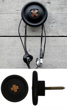I could make these by gluing buttons onto screws. Could be cute for hanging jewelry