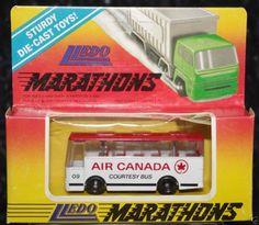 Lledo Air Canada bus