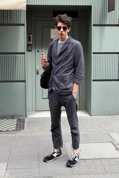 Men's street style. Like everything but not the shoes.