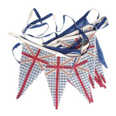 Bunting is the ultimate party decoration, add to your garden and hang from trees for the perfect BBQ or picnic party! Find our favourite Union Jack design at Orchard Layne.