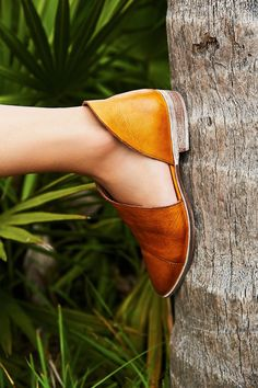 Shop our Royale Flat at Free People.com. Share style pics with FP Me, and read & post reviews. Free shipping worldwide - see site for details.