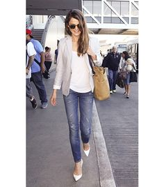 @Alexandra M What Wear - Blazer + Distressed Denim                  Keri Russell teams her blazer with a pair of casual jeans for a simple, but put together, daytime look.  On Russell: Christian Louboutin Batignolles pumps and Filson Tote Bag Without Zipper ($120) in Tan
