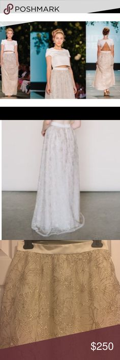 Make an offer!!! ✨ Sparkly Maxi Skirt Absolutely breathtaking unique bridal skirt by Whitney Deal. Purchased with the intention to wear for my reception but didn't end up wearing it at all 😭 I have no occasion to wear now so someone else should get the chance to! Make me an offer!! Whitney Deal Skirts Maxi