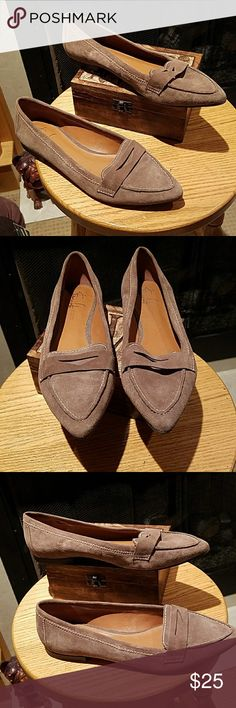 Franco Sarto The Artists Collection flats These shoes are in great condition.  Great quality shoes that last. Have been worn a few times with minimal signs of wear. Franco Sarto Shoes Flats & Loafers