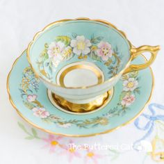 "Vintage Royal Stafford ""Garland"" tea cup and saucer Blue Tea Cup Set, My Cup Of Tea, Cup And Saucer Set, Tea Cup Saucer, Antique Tea Cups, Vintage Cups, Royal Stafford, China Tea Sets, Teapots And Cups"