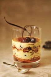 Mousse di mascarpone con crema chantilly