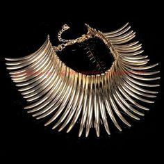 Fashion Sparkling Gold Chain Strip Canine Shape Choker Statement Bib Necklace