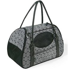 Gen7Pets CarryMe Deluxe Onyx Pet Carrier for Cats and Small Dogs Medium Black ** Visit the image link more details.