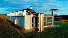 Magney House / Glenn Murcutt Glen Murcutt, Living On The Edge, Glass House, Home Projects, Poster Ideas, Haiti, Architects, Fields, Sunroom