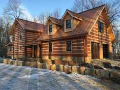 A StoneMill log home based on the Grandview floor plan. Rear view of garage. Log Cabin Homes, Log Cabins, Cottage House Plans, Cottage Homes, Cabins In The Woods, House In The Woods, Cabin Ideas, House Ideas, How To Build A Log Cabin