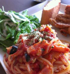 秋野菜のトマトソース