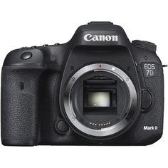 【カメラのキタムラ】デジタル一眼レフキヤノン EOS 7D MarkII ボディのご紹介です。全国1000店舗のカメラ専門店カメラのキタムラのショッピングサイト。デジカメ・ビデオカメラの通販なら豊富な在庫でスピード配送、価格はもちろん長期保証も充実のカメラのキタムラへお任せください。