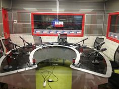 locutorio radio desde lado delantero 2