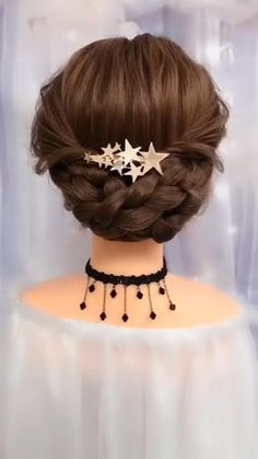 So beautiful and easy to recreate romantic braided hair updo idea. So beautiful and easy to recreate romantic braided hair updo idea. Easy Hairstyles For Long Hair, Braids For Long Hair, Cute Hairstyles, Little Girl Wedding Hairstyles, Braids Easy, Braided Bun Hairstyles, Side Braids, Party Hairstyles, Hair Up Braid