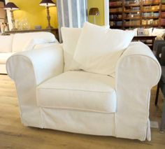 The perfect arm chair should be as fluffy as this looks like :) IDP Astra -nojatuoli / IDP Astra arm chair