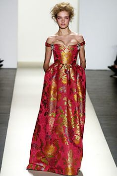 Oscar de la Renta Fall 2003 Ready-to-Wear Fashion Show - Oscar de la Renta, Natalia Vodianova