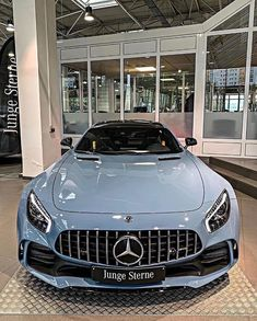 Mercedes Auto, Mercedes Benz Maybach, Mercedes G Wagon, Luxury Sports Cars, Top Luxury Cars, Luxury Suv, My Dream Car, Dream Cars, Dream Auto