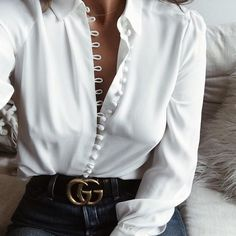 2017 Autumn Women Blouses Long Sleeve Turn Down Collar Button Sexy Tops Casual Blusas Femininas Office Solid White Shirts Top Mode, Look Fashion, Womens Fashion, Spring Fashion, Fashion Styles, Fashion Casual, Fashion Trends, Latest Fashion, Fashion Clothes