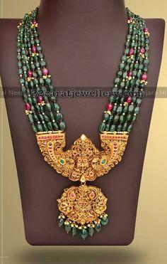 Fancy and Trendy Necklaces by Mangatrai Gold Jewellery Design, Bead Jewellery, Beaded Jewelry, Beaded Necklace, Kerala Jewellery, Antique Jewellery, Rhinestone Jewelry, Indian Wedding Jewelry, Bridal Jewelry