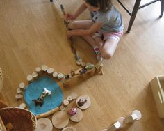 """Loose Parts Play. a round circle of blue felt makes for easy pretend water - photo by Amy Wonder Years ("""",) Montessori, Motor Skills Activities, Small World Play, Inspired Learning, Preschool At Home, Indoor Play, Learning Through Play, Sensory Bins, Dramatic Play"""