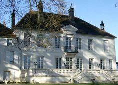 Château de Prauthoy, guest house in Champagne-Ardenne #France par Jean-Luc Matau.