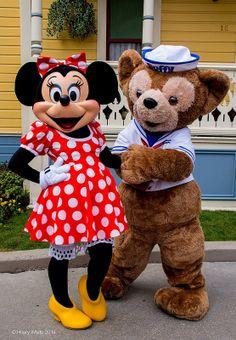 Minnie Mouse & Duffy @ Disneyland Paris