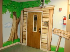 Worlds of Wow - theming doorways is a great way to create a destination for kids. This one is at Brentwood Oaks Church.