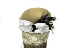Greta Wool Felt Hat in Beige by SOHODA on Etsy