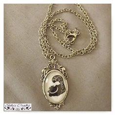 #colar #acessorios #artesanato #handmade #aliceinwonderland #geek #