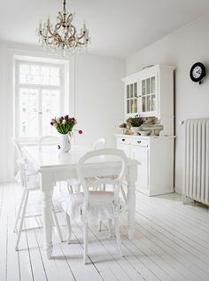 40 White Interior Design Pictures