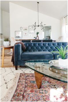 Mid-Century with trends that will stay true for years to come, get the look of this home tour on MyManicuredLife.com #MyManicuredLife