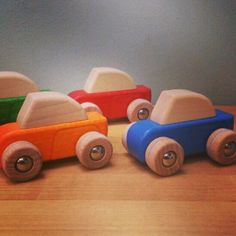 coches de fricción Wooden Toys, Car, Trucks, Cars, Wood Toys, Wooden Toy Plans, Automobile, Woodworking Toys, Vehicles