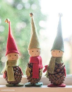 http://postris.com/list/188/19-diy-crafts-to-decorate-your-home-for-christmas/ Felt and Pine Cone Elves