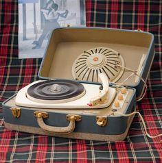 Tourne disque vintage, 1950 - VENDU