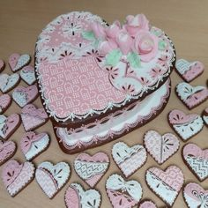 Absolutely beautiful heart cake & cookies!!!