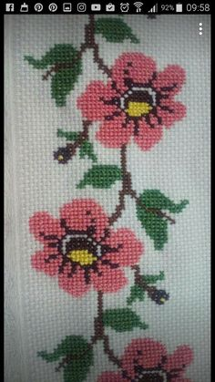 Cross Stitch Borders, Cross Stitch Flowers, Diy And Crafts, Arts And Crafts, Crochet Bedspread, Loom Beading, Cross Stitch Embroidery, Textiles, Cross Stitch Rose