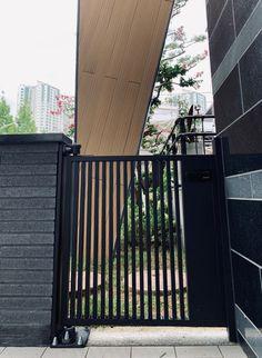 [055] 인천 논현동 - 주택 금속 대문 : 네이버 블로그 Door Gate Design, Stairs, Doors, Steel, Home Decor, Stairway, Decoration Home, Staircases, Room Decor