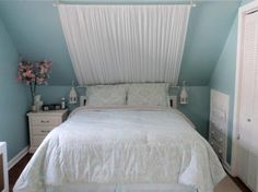 Decorating a room with sloped ceilings