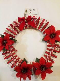Christmas Pom Pom Crafts, Diy Christmas Gifts, Holiday Crafts, Christmas Wreaths, Christmas Ornaments, Christmas Stuff, Christmas Clothes, Winter Wreaths, Clothespin Art