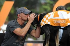 kenny chesney college football | Knoxville, Tn - University Of Tennessee Vs University Of Florida