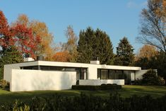 Sixties house, 1962 by Vanhout-Schellekens by gopat1, via Flickr http://www.flickr.com/groups/post-war_houses_of_europe/