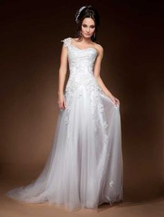 Katie Dress. Wendy Sullivan Design. Bride's Desire Label.