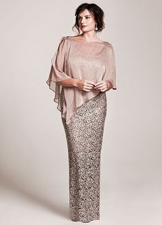 I am in LOVE with this Mother of the bride dress!- Fab…