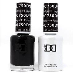 Dnd Gel Polish, Gel Polish Colors, Nail Colors, Cranberry Tablets, Winter Wedding Nails, Hydro Flask Bottle, Luminous Nails, Classic Nails, New Apple Watch