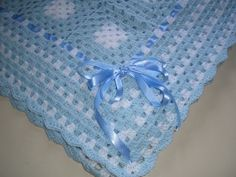 This Pin was discovered by Sol Crotchet Baby Blanket, Crochet Square Blanket, Crochet Baby Blanket Free Pattern, Baby Afghan Crochet, Baby Girl Crochet, Crochet For Boys, Afghan Crochet Patterns, Crochet Baby Hats, Love Crochet