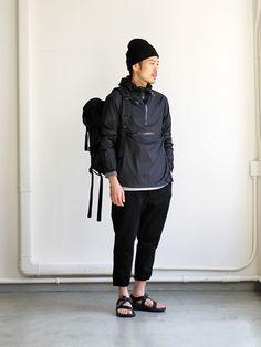 70 Best Japanese Streetwear Styles For Men That Will Look So Cool 37 Japanese Streets, Japanese Street Fashion, Mode Streetwear, Streetwear Fashion, Japanese Streetwear, Minimalist Fashion, Minimalist Outfits, Street Wear, Mens Fashion