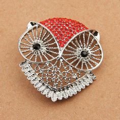 Full Rhinestone Crystals Owl Brooches and Pins from Dreamland Fashion Jewelry http://www.aliexpress.com/store/group/Brooches-Hair-Accessories-Garment-Accessories/115836_212100636.html