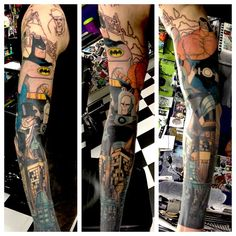 Batman sleeve progress from today Time Tattoos, Funny Tattoos, Cool Tattoos, Tatoos, Dc Tattoo, Comic Tattoo, Batman Tattoo Sleeve, Sleeve Tattoos, Bat Sleeve