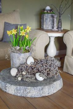 Diy Wall Art, Trees To Plant, Spring Flowers, Rustic Decor, Floral Arrangements, Candle Holders, Easter, Candles, Table Decorations